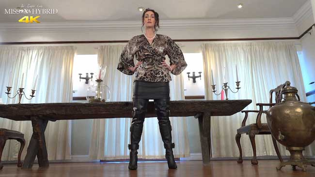 Miss Hybrid Anal On The Castle Wench Table